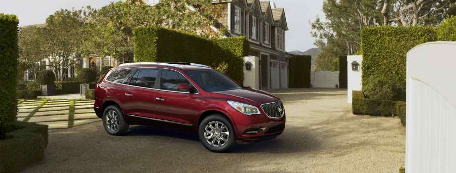 2016-Buick-Enclave-in-Crimson-Red-Tintcoat