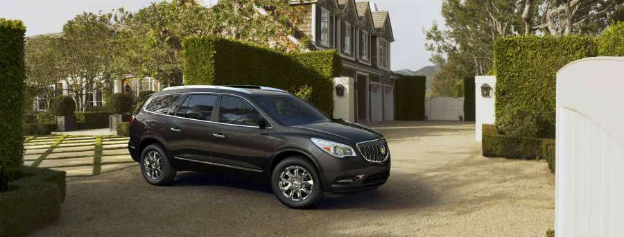 2016-Buick-Enclave-in-Iridium-Metallic