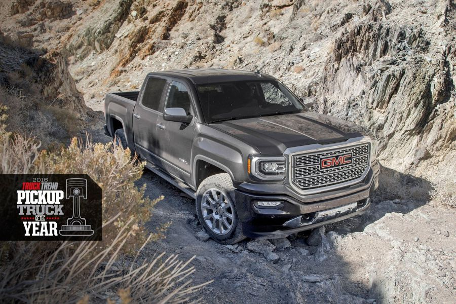 2016-ptoty-gmc-sierra-on-trail