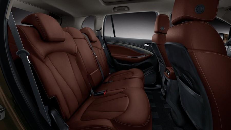 2016-buick-envision-interior-12